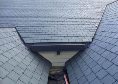 r8roofing__0008_Layer 10